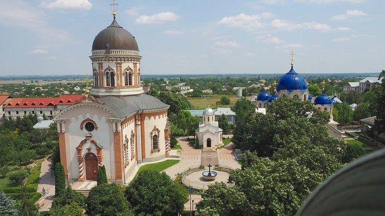 Focar de COVID-19 la Mănăstirea Noul-Neamț din Chițcani. 13 persoane au fost testate pozitiv