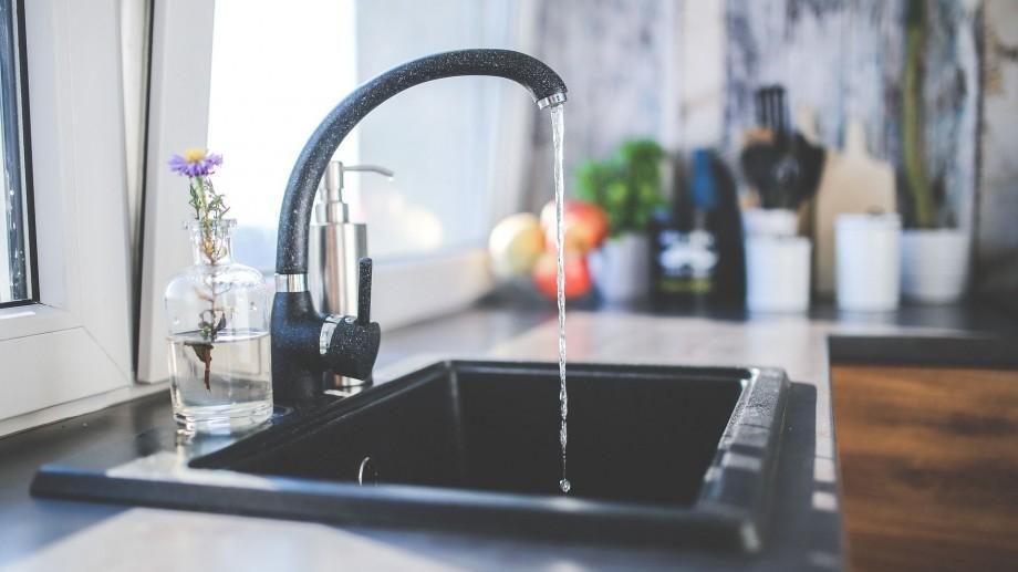 Consumatorii de pe câteva străzi din Capitală vor rămâne fără apă la robinet pe 8 iulie