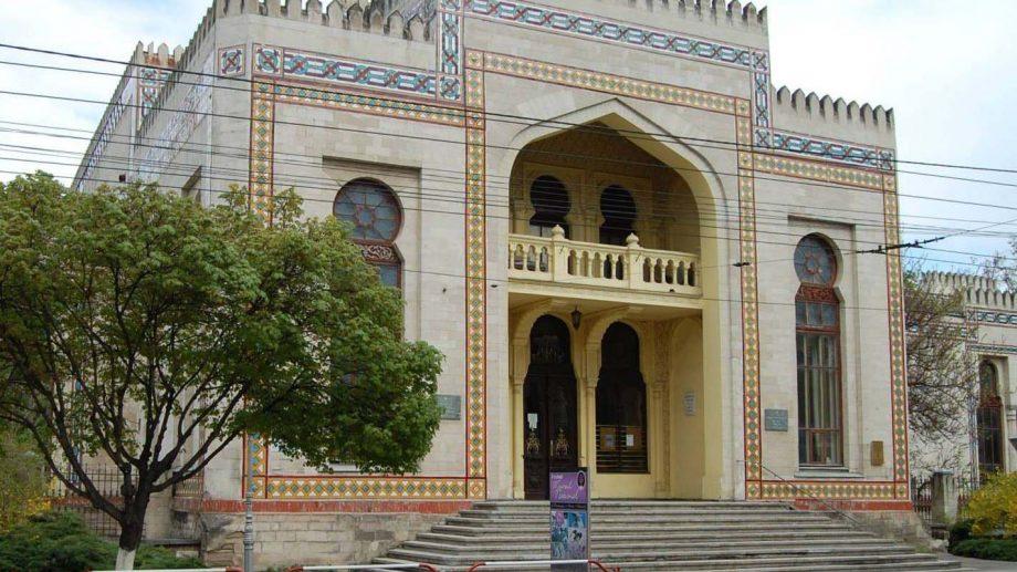 Acoperișul blocului principal de expoziții al Muzeului Național de Etnografie și Istorie Naturală va fi reparat capital