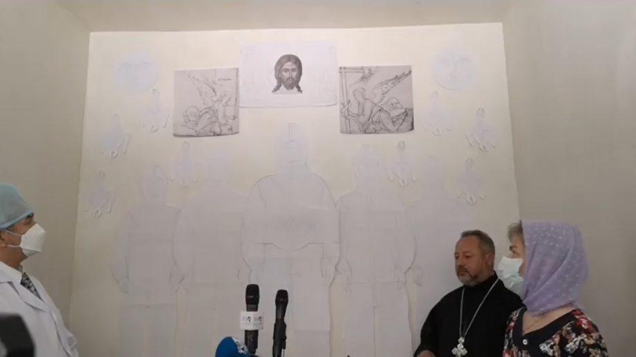 Biserica Sfântul Pantelimon din Bălți a prezentat schița muralei cu chipul medicului îmbrăcat în haine de protecție împotriva COVID-19