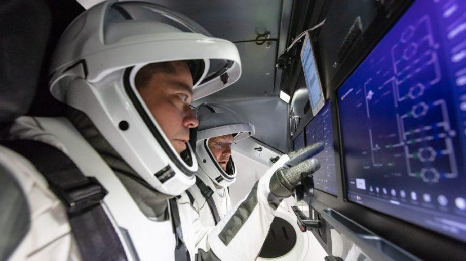 """Astronauții de pe nava Crew Dragon urmează să se întoarcă acasă în această duminică. """"Totul depinde de condițiile climaterice"""""""