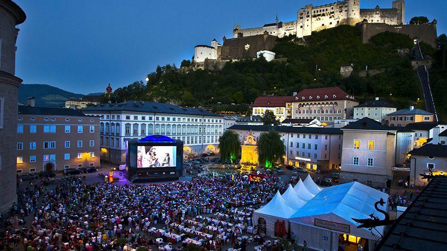 A început cea de-a 100-a ediție a celui mai mare festival din lume dedicat muzicii clasice, teatrului şi operei
