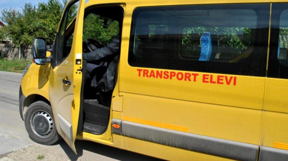 Transport comun pentru elevi și dezinfectanți. Cum plănuiește Ministerul Educației organizarea noului an școlar