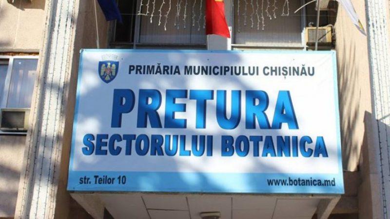 Pretorul sectorului Botanica va rămâne fără salariu pentru o lună și riscă să fie demis din funcție